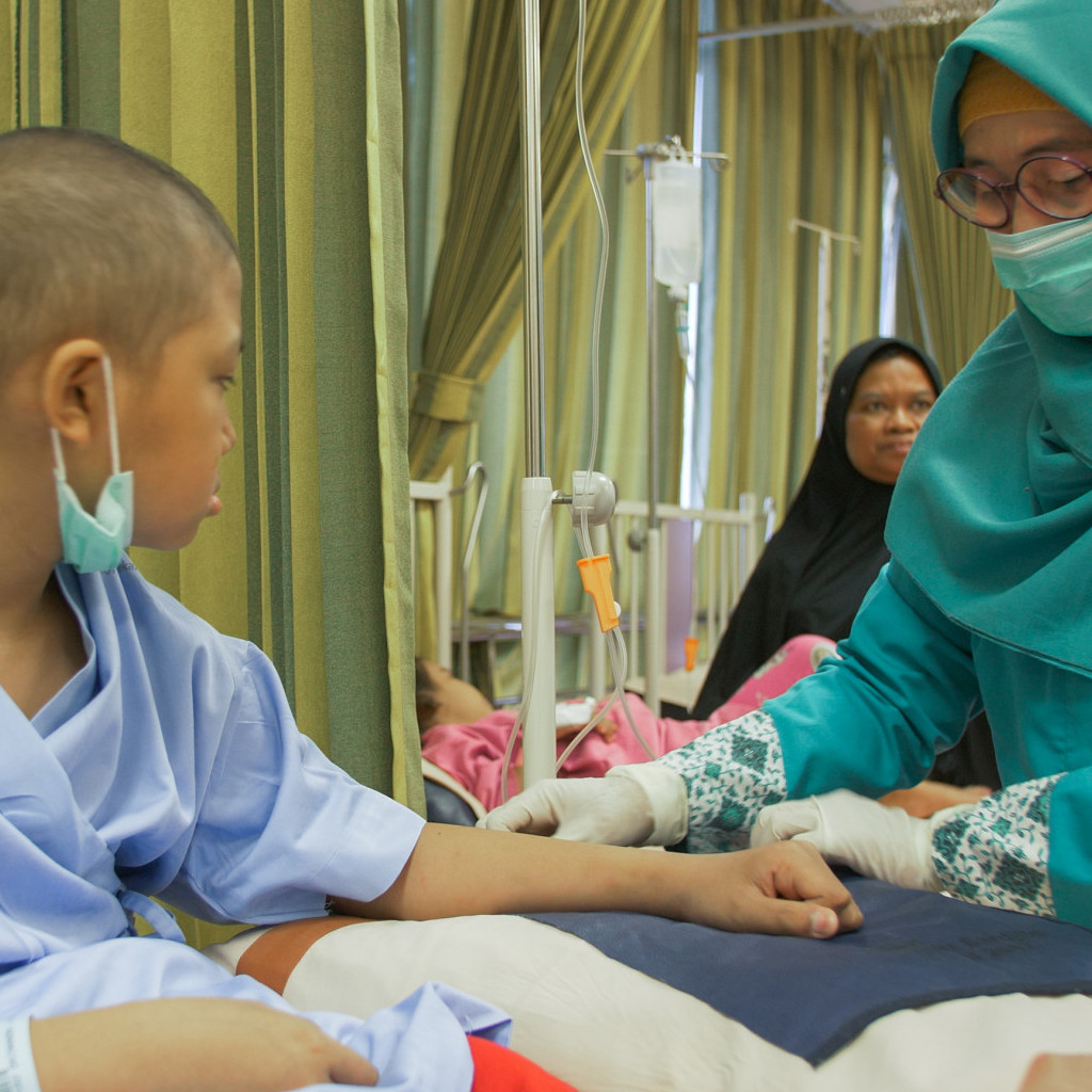 Outreach: Leukemia patient Hazel in the Dr Sardjito Hospital in Indonesia
